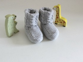 Hand_knitted_ Baby_shoes