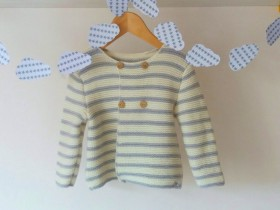 Striped_baby_sweater_in_wool