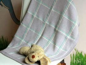 baby_blanket_with_squares