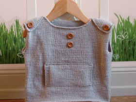 knitted_baby_top
