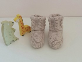 new_born_booties_in_wool